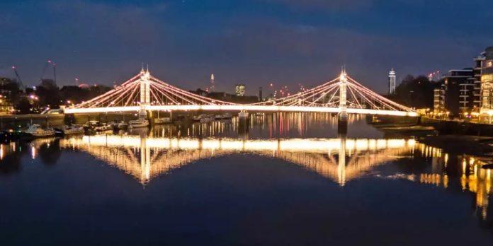Светодиодное освещение мостов в Лондоне