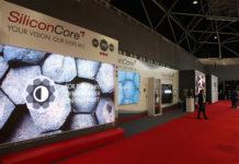 SiliconCore представляет 0,83 мм MicroLED на выставке ISE