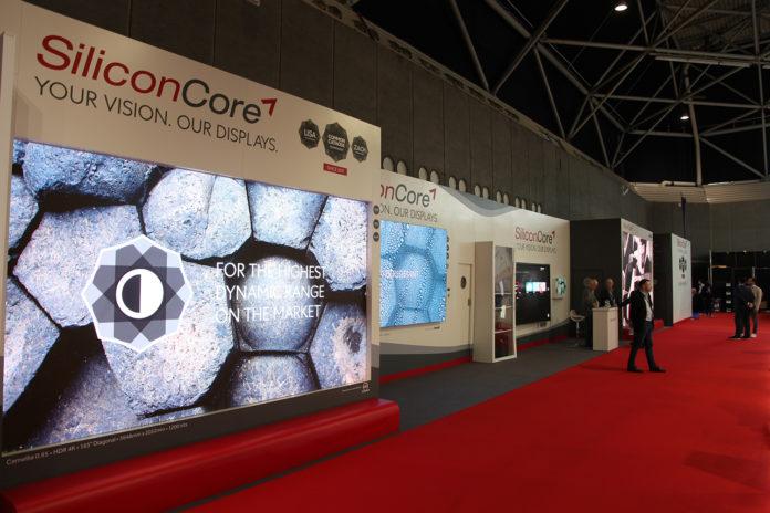 <pre>SiliconCore представляет 0,83 мм MicroLED на выставке ISE