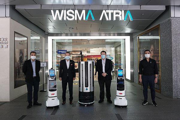 Первый в мире робот-дезинфекция UVC LED в Сингапуре