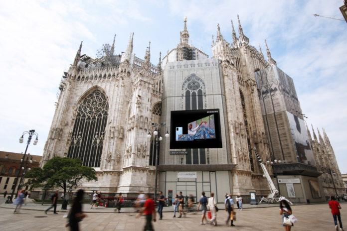 Миланская неделя цифровой моды будет транслироваться со светодиодной вывеской Samsung на кафедральном соборе
