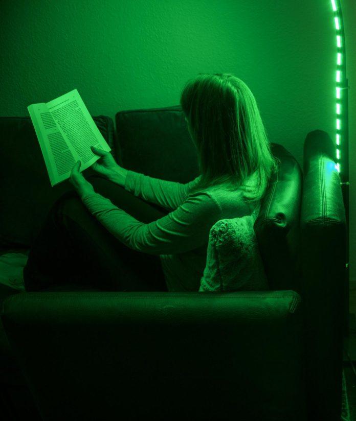 Исследования показывают, что зеленый свет помогает облегчить головную боль