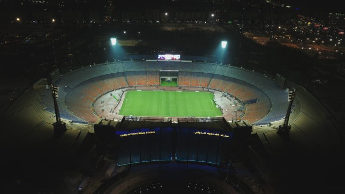 <pre>Арена Кубка Африки с подсветкой