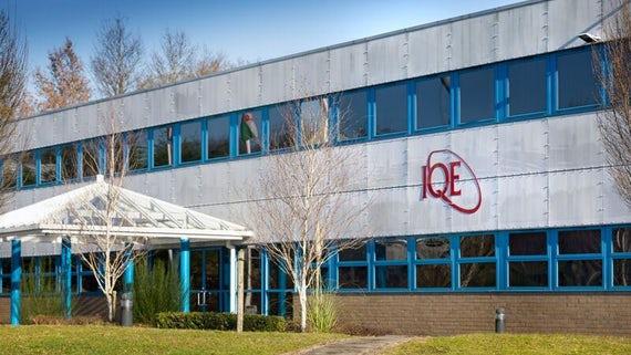 <pre>IQE начинает производство VCSEL для второго крупного клиента