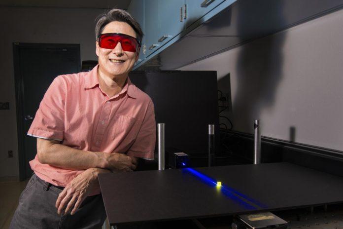 <pre>Исследователь из США считает, что управляемое светодиодное освещение дает потенциал для социального и научного прогресса