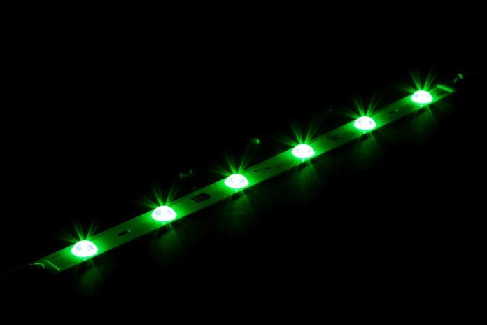 <pre>Выпуски продуктов: Экологическое освещение запускает RGB LED Light Bar и Tridonic представляет новый светодиодный драйвер